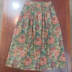 Vintage Barclay Beautiful A Line Square Floral